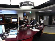 library-help-desk-balieu-27734.jpg (800×600)