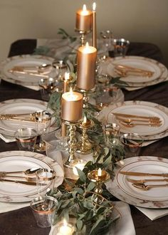 Christmas Table Centerpieces, Gold Christmas Decorations, Christmas Table Settings, Christmas Tablescapes, Gold Table Settings, Floating Candle Centerpieces, Place Settings, Christmas Holidays, Mercury Glass Candle Holders