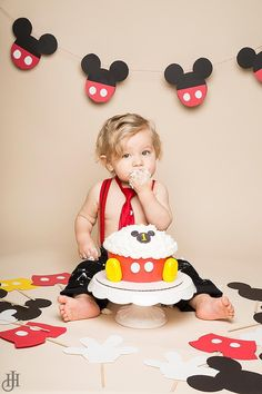 Mickey Mouse Themed Cake Smash by Jenn Hoffman