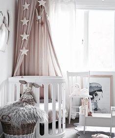 Girls nursery design by /blondeandbone/ Featuring: Número 74 canopy in Powder…