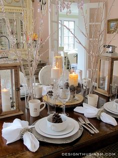 Are you setting a special table for Valentine's Day?  Get lots of inspiration from the pretty and romantic table from DesignThusiasm.