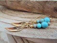 Ohrhänger - Earrings dangle turquoise gold feather jewellery - ein Designerstück von MadamebutterflyMeagan bei DaWanda