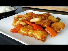 El cerdo agridulce es una receta típica de los restaurantes chinos que todos hemos probado al menos una vez. Y aunque para algunos no sea su plato favorito de la carta del chino no dudan en picar un poco del plato de quien lo ha pedido si se descuida. Hacerlo puede parecer complicado, pero cuando pongáis en práctica