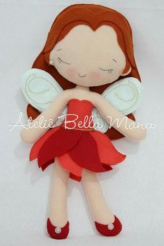 fadinha Felt Patterns, Stuffed Toys Patterns, Felt Diy, Felt Crafts, Sewing Crafts, Sewing Projects, Felt Crown, Bear Doll, Fairy Dolls