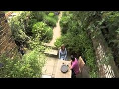 Plunket Gardens in Alan Titchmarsh's ITV 'Love Your Garden'  Emma Plunkets garden, absolutely gorgeous and it is surprisingly small.  I just LOVE her garden!
