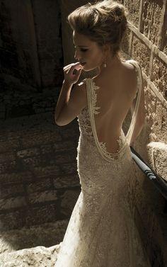 H E R M O S O ! 5 International Wedding Dress Designers You Should Know - Wedding Party