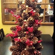 Pinecone Christmas Tree DIY!