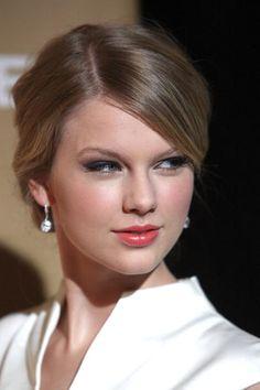 Taylor Swift Web Photo Gallery