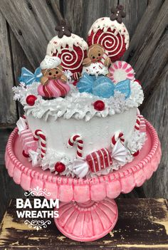 Learn how to make this and more in Ba Bam's Inside Scoop. Gingerbread Christmas Decor, Candy Land Christmas, Gingerbread Decorations, Candy Christmas Decorations, Christmas Desserts, Kids Christmas, Christmas Crafts, Gingerbread Crafts, Gingerbread Men