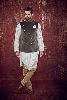 Spun silk cowl kurta with achkan style velvet bundy highlighted with show buttons