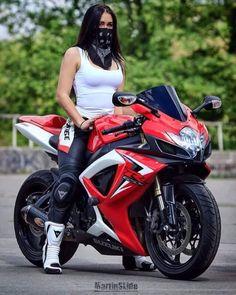 Motorcycle for women motorbikes biker chick 53 Ideas – – Classic Cars Lady Biker, Biker Girl, Motos Sexy, Bike Motor, Auto Girls, Motos Vespa, Chicks On Bikes, Moto Cross, Motorbike Girl