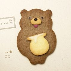 these cookies are too cute to eat. Henteco means unique, weird in a cute way, in Japanese. What a cute name for a bakery, Maple Cookies, Bear Cookies, Galletas Cookies, Fancy Cookies, Biscuit Cookies, Cute Cookies, Cupcake Cookies, Cupcakes, Cookie Bear