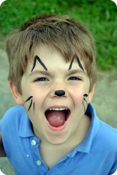 43 Cat Face Painting Ideas For Kids Cat Face Halloween, Easy Halloween Face Painting, Face Painting For Boys, Christmas Face Painting, Face Painting Designs, Simple Face Painting, Animal Face Paintings, Animal Faces, Dog Face Paints