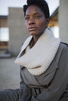 OMVEJ cowl pattern by Olga Buraya-Kefelian   Woolfolk FW17 collection knit in Woolfolk Får yarn #brioche #cowl #knitcowl #reversible #interchangeable #ribbing #knittingpattern