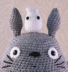 Amigurumi Totoro : Amigurumi ? Studio Ghibli on Pinterest Totoro, Amigurumi ...
