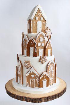 Christmas Wedding Cakes, Christmas Cake Designs, Christmas Sweets, Christmas Baking, Christmas Cookies, Christmas Foods, Gingerbread Decorations, Christmas Cake Decorations, Gingerbread Cake