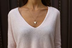 Delicate necklace and soft sweater is a must! Shark Tooth Necklace, Fashion Beauty, Womens Fashion, Fashion Gallery, Mannequins, Passion For Fashion, Style Me, Winter Fashion, Cute Outfits