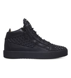 GIUSEPPE ZANOTTI Pyramid-Studded Leather Sneakers. #giuseppezanotti #shoes #sneakers Leather Sneakers, Shoes Sneakers, Studded Leather, Giuseppe Zanotti, Studs, Toe Shoes, Spikes, Ear Studs, Sneakers