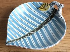 Stig Lindberg Gustavsberg faience leaf dish - lovely condition Retro, Stig Lindberg, Swedish Style, Hand Painted Signs, Sweden, Vases, Pottery, Clay, China