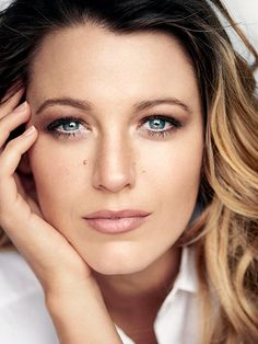 Blake Lively Allure May 2015 photo shoot The actress and new mother opens up about life after Gossip Girl, becoming a mom, and why she's not afraid to age. Blake Lively Makeup, Blake Lively Style, Blake Lively Young, Blake Lively Quotes, Gossip Girls, Blake Lively Interview, Hooded Eye Makeup, Mario Testino, Hooded Eyes