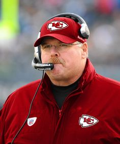 andy reid, kansas city chiefs, new head coach Chiefs Memes, Nfl Memes, Football Memes, Chiefs Logo, Kansas City Chiefs Football, Football Team, Baseball Teams, Football Season, American Football League