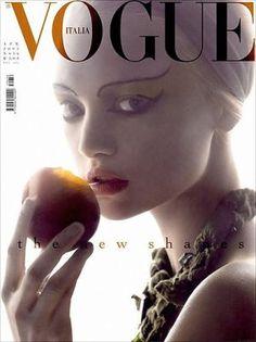 Vogue magazine covers - mylusciouslife.com - Vogue Italia April 2005 - Gemma Ward.jpg