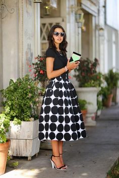 VivaLuxury - Fashion Blog by Annabelle Fleur: PEARLS & POLKA DOTS :: BANANA REPUBLIC x MARIMEKKO
