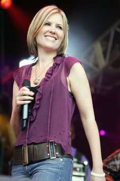 Dido Talks Turning 40…And It Might Be The Best Celebrity Story About Aging, Ever