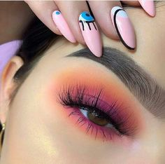 These winter eyeshadow looks are great for the upcoming season and holidays! Check out these winter eyeshadow makeup looks! Makeup Eye Looks, Cute Makeup, Skin Makeup, Eyeshadow Makeup, Pink Eyeshadow, Summer Eyeshadow, Fall Eye Makeup, Winter Makeup, Perfect Makeup