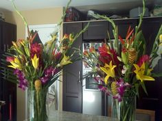 Tropical alter flowers for wedding