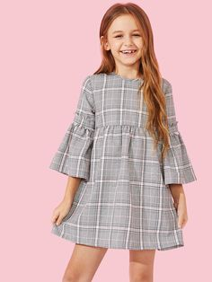 Shop Girls Keyhole Back Bell Sleeve Plaid Dress online. SHEIN offers Girls Keyhole Back Bell Sleeve Plaid Dress & more to fit your fashionable needs. Frocks For Girls, Cute Girl Outfits, Little Girl Dresses, Kids Outfits, Girls Dresses, Dress Girl, Girls Fashion Clothes, Kids Fashion, Fashion Outfits