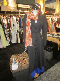 A spoonful of sugar makes this costume a favorite oldie. #mary poppins #costume #halloween #expo