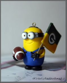 Green Bay Packers minion fan ornament