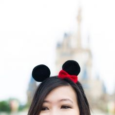 Crochet your own Minnie Mouse ears for your next Disney trip or for your Halloween costume! Step-by-step pics and free pattern available!