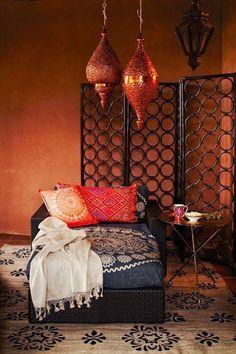 19 Modern Moroccan Decor Ideas - Home Decor Moroccan Room, Moroccan Interiors, Moroccan Decor, Modern Moroccan, Moroccan Lanterns, Moroccan Lounge, Moroccan Style Bedroom, Boho Lounge, Bohemian Interior