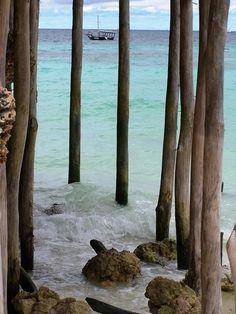 dontcallmebetty:    (via Jennifer R. Gott: Zanzibar)