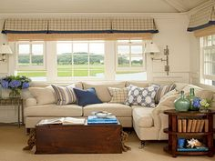 Family Hot Spot: Family Room Sectional Sofas With Coffee Table Ideas ~ Decoration Inspiration