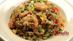 Chaulafan mixto ecuatoriano Classic Apple Pie Recipe, Asian Rice, Arroz Frito, Latin Food, Ceviche, Light Recipes, Simple Recipes, Shrimp Recipes, Fried Rice