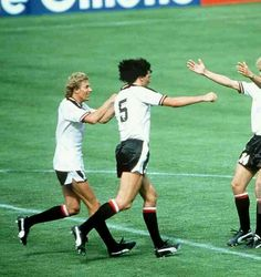 Austria 2 N. Ireland 2 in 1982 in Madrid. Bruno Pezzey equalises for Austria on 50 minutes and its in Round Group D at the World Cup Finals. 1982 World Cup, Football Design, World Cup Final, Yesterday And Today, Sports Stars, Puma, Rey, 2 In, Austria