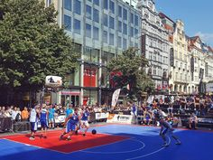 Prague International Streetball Cup 2017 at the Wenceslas Square in Prague  #prague #travel #afternoon #wenceslas #square #basketball #streetball #cup #streetballcup2017 #streetballmania #3x3 #street #streetphotography #galaxys6