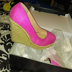 Pink wedges Never worn pink wedges JustFab Shoes Espadrilles