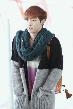 I have to say that sweater is really nice.