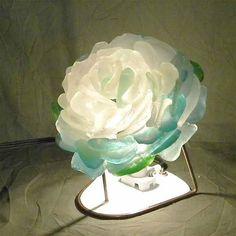 花びらのランプ|ハンドメイド
