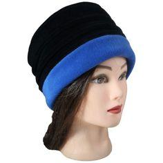 CHAPEAU FEMME - Coloris noir et bleu impérial en VELOURS et POLAIRE - Pom'Grignote