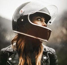 New Harley Motorcycle Tattoo Biker Babes Ideas Cafe Racer Moto, Style Cafe Racer, Cafe Racer Girl, Cafe Racers, Motorcycle Style, Motorcycle Helmets, Women Motorcycle, Motorcycle Jacket, Scooter Helmet