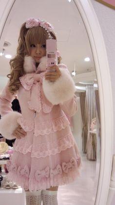 "•○~ Hime Gyaru, 姫ギャル, ""princess girl"" ♥ La Pafait - coat - pink - ribbons - fur - lace - stockings - hair bow - cute - kawaii - Japanese street fashion✮ ~•○"