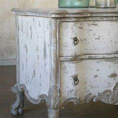 Chalk Paint - antique chippy white. create with annie sloan chalk paint Pure White and Paris Gray
