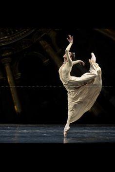 Russian Hamlet. Photo - Nikolay Krusser ©  Dancer - Yulia Manjeles.