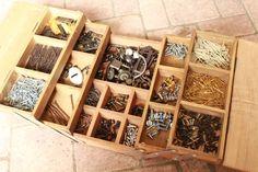 セリア*3マスボックスで工具箱風スライド収納ケースの作り方|なつめオフィシャルブログ「なつめの手仕事日記」Powered by Ameba