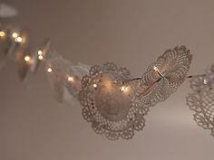 Manualidades y Artesanías | Guirnalda de luces con blondas | Utilisima.com